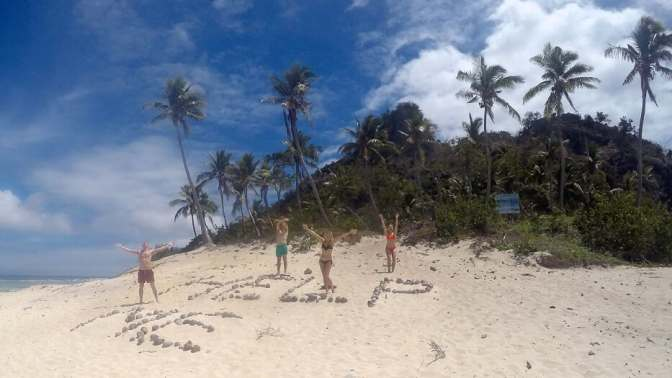 Help me sign, Castaway Island, Monuriki Island, Tom Hanks
